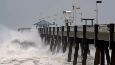 Der Hurrikan rückt langsam näher. (Bild: Devon Ravine/Northwest Florida Daily News via AP, 10. Oktober 2018)