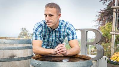 Michael Burkhart, Weinbauer aus Weinfelden, hat eine Schwäche für Autos. (Bilder: Andrea Stalder)