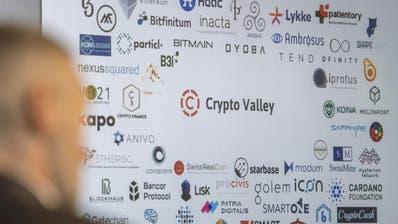 Workshop zum ZugerCrypto Valley: Der Besuch einer Südkoreanischen Delegation um denStadtpräsidenten von Seoul, Won Soon Park, informierte sich vor Ort über dasCrypto Valley. (Bild: Urs Flüeler (Zug, 3. Oktober 2018))