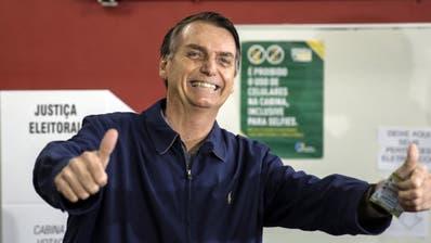 Rechtsextremer Kandidat vor Stichwahl in Brasilien vorn