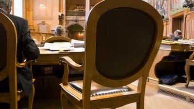 Der frei werdende Stuhl des Luzerner CVP-Ständerats Konrad Graber ist parteiintern hoch umstritten. (Bild: Keystone/Gaetan Bally)