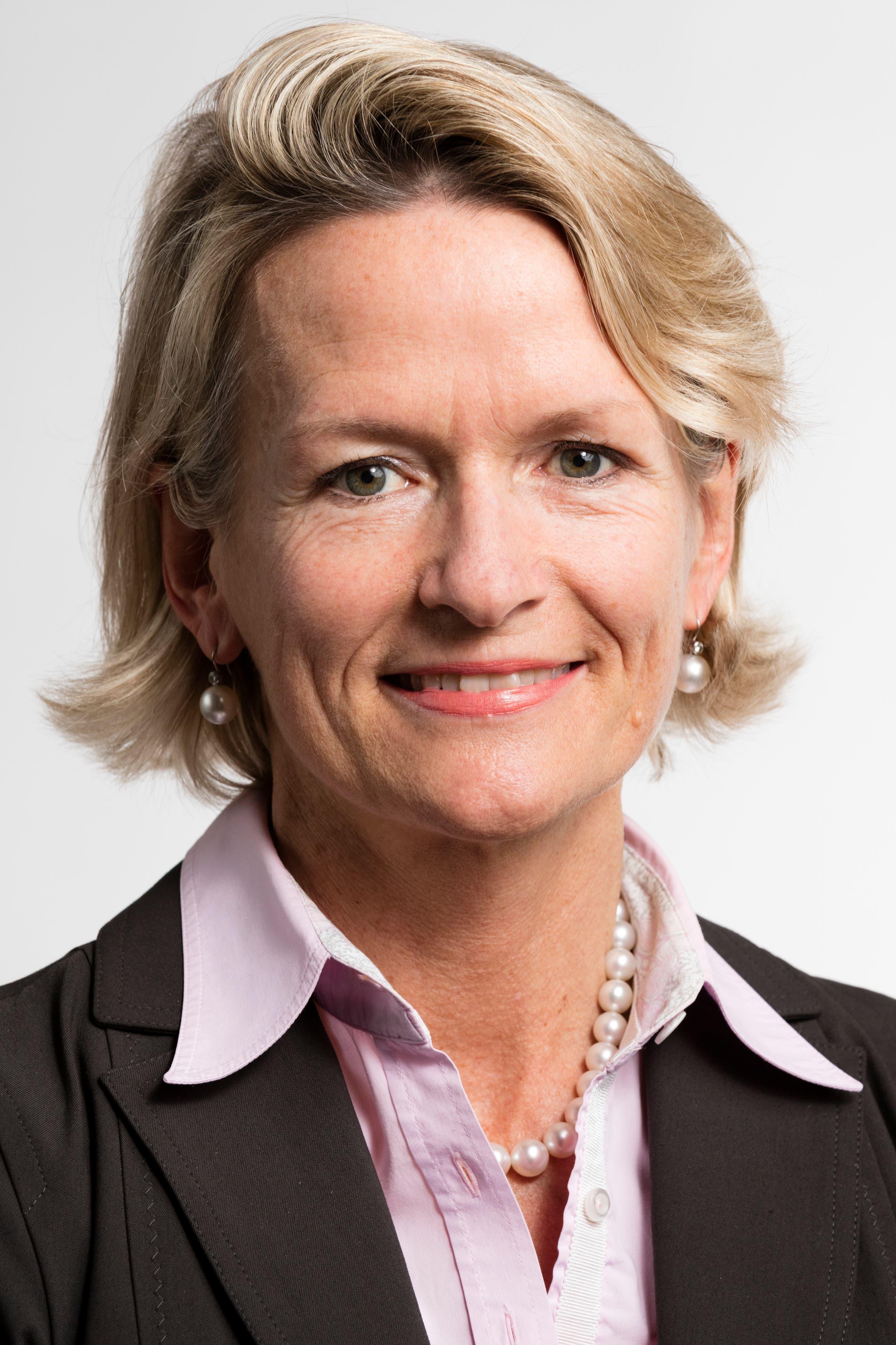 Die 54-jährige Nationalrätin Andrea Gmür-Schönenberger ist Präsidentin der CVP der Stadt Luzern. In die Grosse Kammer gewählt wurde sie 2015. Zuvor politisierte sie während acht Jahren im Kantonsrat. (Bild: Keystone/Gaetan Bally)