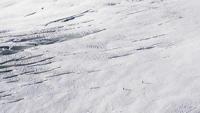 Schweizer Gletscher haben im letzten Sommer 2,5 Prozent verloren