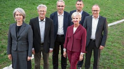Der Luzerner Stadtrat mit dem Stadtschreiber. Die Exekutive legt eineGemeindestrategie und ein Legislaturprogramm vor. (Bild: Archiv)