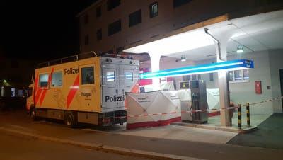 Die leblose Person wurde in einer Wohnung an der Talackerstrasse gefunden. (Bild: BRK News)