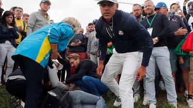 Augapfel explodiert: Durch Golfball verletzte Zuschauerin verliert Sehkraft