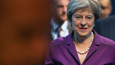 May fordert vor Johnson-Rede Rückhalt für ihren Brexit-Kurs