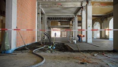 Auch Zulieferleitungen geraten öfters ins Visier der Baustellen-Diebe. (Bild: Anthony Anex/Keystone)