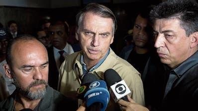 Brasilien: Fake-News-Kampagne für ultrarechten KandidatenBolsonaro
