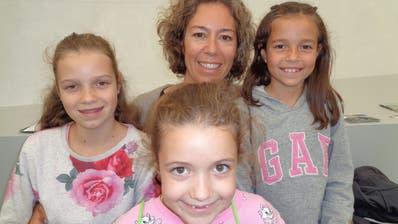 Sonja Constantin aus Walchwil besuchte die Zuger Messe mit ihren drei Töchtern. (Bild: Ruedi Burkart)