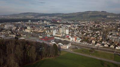 Die Stadt Sursee schreibt laut Budget 2019 rote Zahlen. (Drohnenbild, 2018)