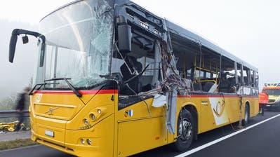 Auf diesem Bild wird das Ausmass des Schadens ersichtlich. (Bild: Luzerner Polizei (Escholzmatt, 25. Oktober 2018))