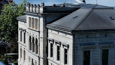Das Zuger Regierungsgebäude am Postplatz. Hier beschloss der Kantonsrat am Donnerstag die Aufhebung der Denkmalschutzkommission.(Bild: Stefan Kaiser)