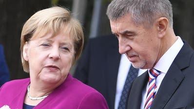 Tschechoslowakei vor 100 Jahren gegründet - Merkel in Prag