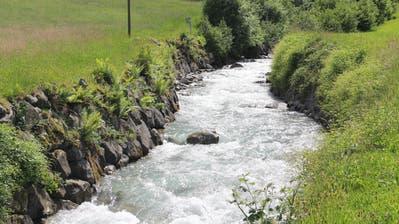 Das Wasser des Erstfelder Alpbachs soll für die Stromproduktion genutzt werden. (Bild: Paul Gwerder, 26. März 2018)