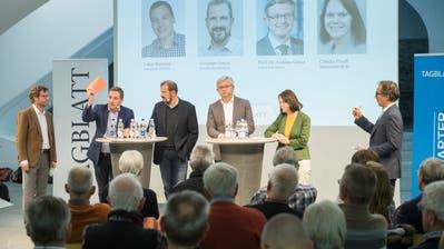 Stefan Schmid («Tagblatt»), Lukas Reimann (SVP), Giuseppe Gracia (Publizist), Andreas Glaser (Universität Zürich), Claudia Friedl (SP) und Jürg Ackermann («Tagblatt»). Bild: Ralph Ribi