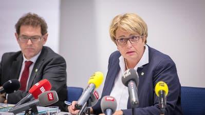 Regierungspräsidentin Cornelia Komposch räumte an der Pressekonferenz Fehler und Versäumnisse der Behörden ein.