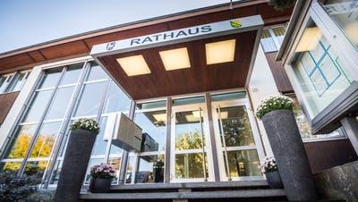 Das Objekt der Begierde: Das Rathaus in Ermatingen, wo der Gemeindepräsident oder die Gemeindepräsidentin arbeitet. (Bild: Andrea Stalder)