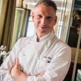 Mann mit Pinzette: Koch des Jahres arbeitet im «The Dolder Grand»