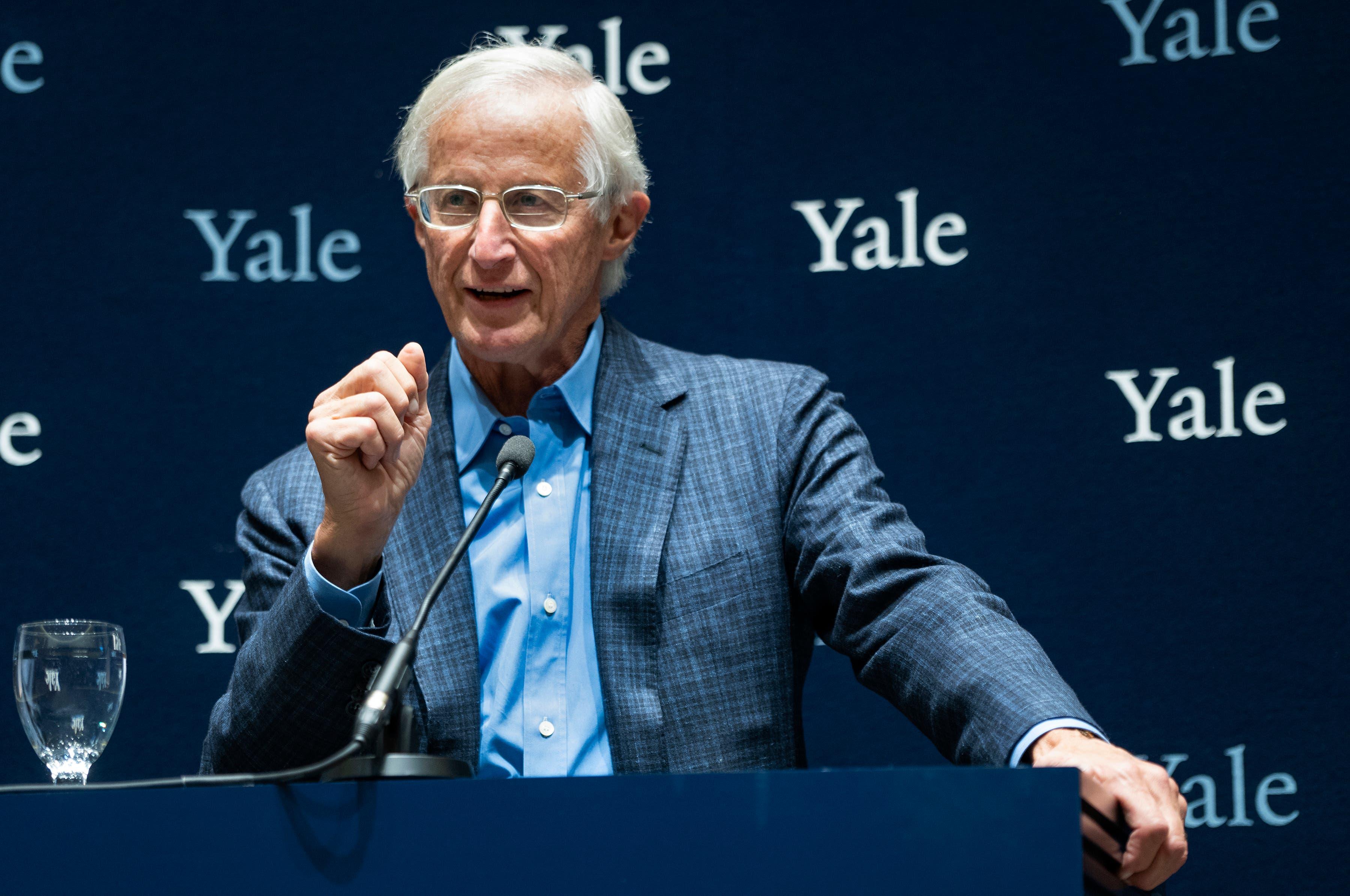 Professor der Yale-Universität William Nordhaus erhielt zusammen mit Paul Romer den Nobelpreis für Wirtschaft. (Bild: AP Photo/Craig Ruttle)