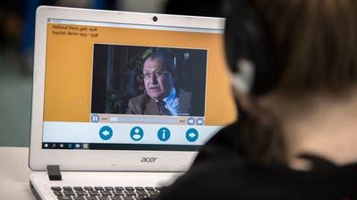 Die Lern-App «Fliehen vor dem Holocaust» der Pädagogischen Hochschule Luzern wird mit demWorlddidac Award ausgezeichnet. Beim neuen Geschichtslehrmittel kommen Zeitzeugen zu Wort. (Bild: Pius Amrein, Andermatt, 29. Oktober 2018)