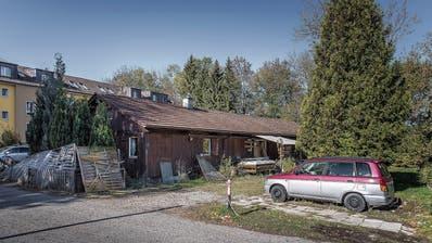 Die Baracken östlich der Badi Lerchenfeld sind seit über einem Jahr unbewohnt. (Bilder: Michel Canonica)