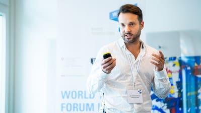 Ari Andricopoulos vom Zuger Gewinner-Start-UpRoomPriceGenie. (Bild: Swiss Start-UP (9. November 2018))