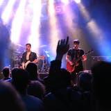 Die Weinfelder Band «We are Troublemaker» steht im Frauenfelder «Eisenwerk» auf der Bühne. (Bilder: Chris Marty/frauenfeld-events.ch)