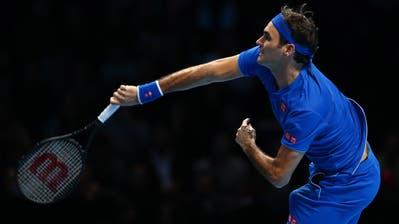 Roger Federer bei seiner Startniederlage in London gegen den Japaner Kei Nishikori. (Bild: Kieran Gelvan/EPA (11. November 2018))