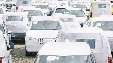 Autobranche bleibt im Oktober im Tief