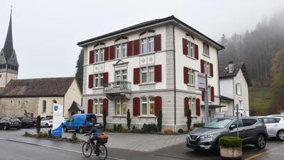 Mehr Platz für die Verwaltung: Fischinger Gemeinderat will im Gemeindehaus umbauen