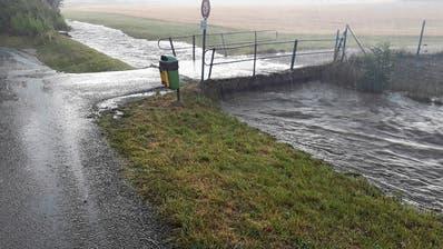 Nach Hochwassern: Gemeinde Rickenbach ersetzt Brücke über Krebsbach
