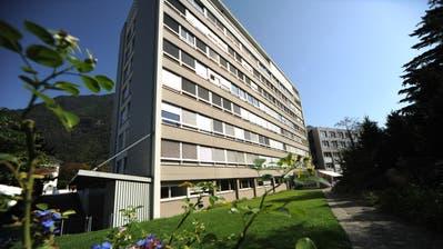 Das Kantonsspital Uri wird für rund 120 Millionen Franken umfassend erneuert. (Bild: Urs Hanhart, 4. Januar 2017)