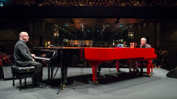 Jörg Hegemann  (links) und Dave Ruosch bei der Eröffnung des Piano Off-Stage im KKL. Bild: Priska Ketter/Lucerne Festival (Luzern, 20.11.2018)