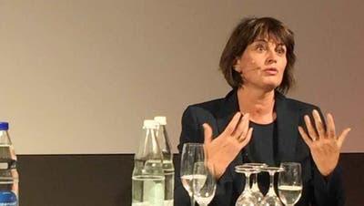 Medienministerin Leuthard würde Gratiszeitungen sofort abschaffen