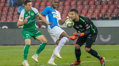 Heute kein sicherer Rückhalt: St.Gallens Goalie Dejan Stojanovic. (Bild: Andy Müller/Freshfocus)