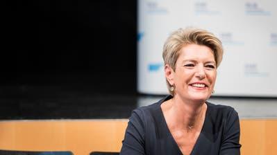 Karin Keller-Sutter bei der Bekanntgabe ihrer Kandidatur. (Bild: Thomas Hary)