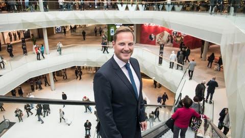 Centermanager Jan Wengeleranlässlich der Eröffnung der Mall of Switzerland. (Bild: Nadia Schärli (Ebikon, 8. November 2017))