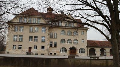 Das Schulhaus Zentrum in Diessenhofen. (Bild: Nana do Carmo).