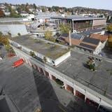 Das Depot der Berufsfeuerwehr an der Notkerstrasse 44. Es soll aufgestockt werden. (Bild: 13. Oktober 2008)