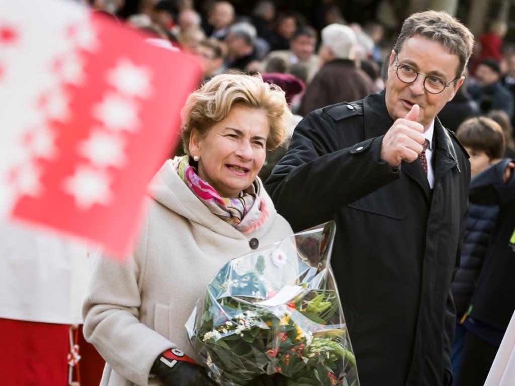 Jean-René Fournier und seine Frau Brigit bei der Feier am Mittwoch in Sitten. (Bild: Keystone/JEAN-CHRISTOPHE BOTT)