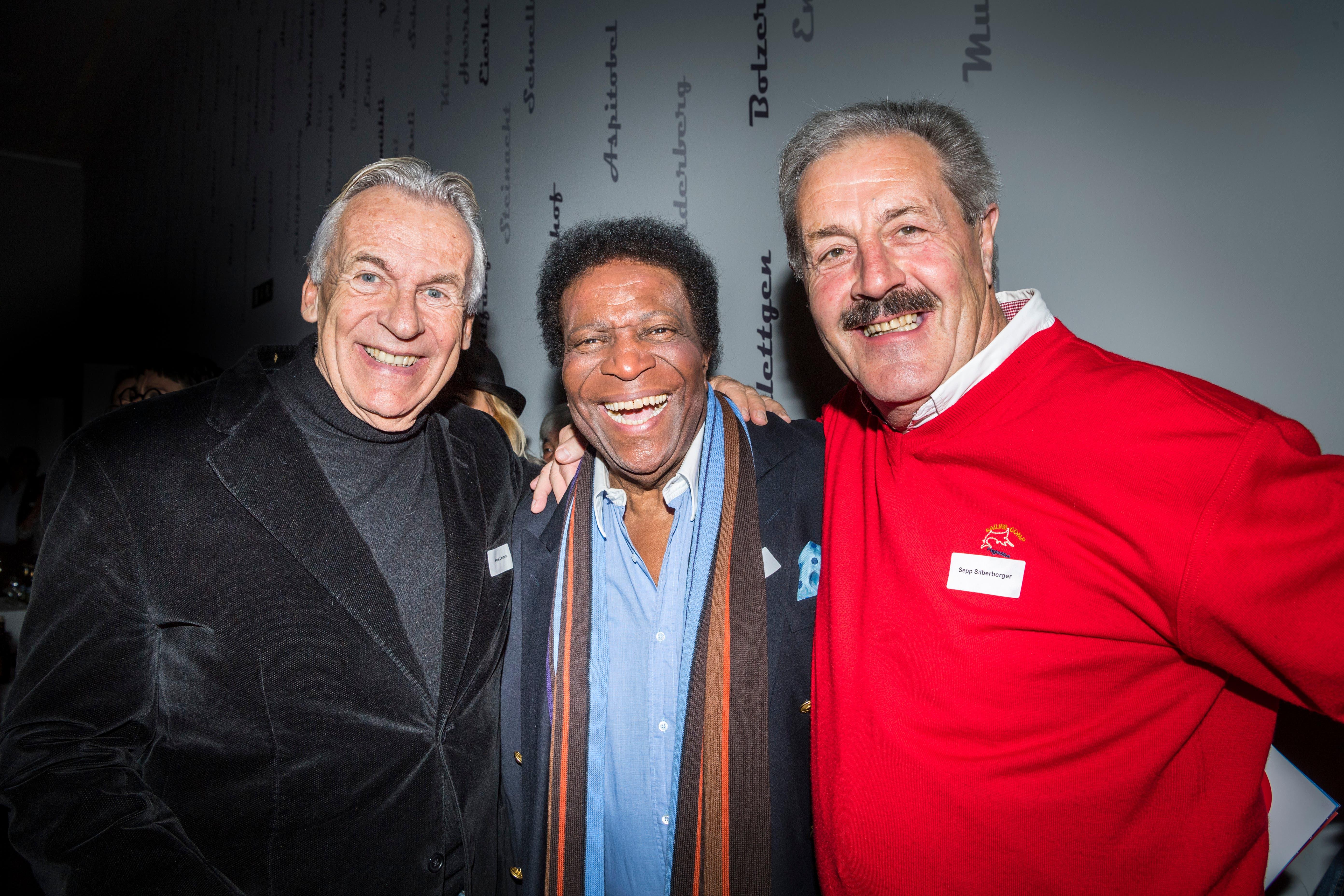 Musiker unter sich: Pepe Lienhard, Roberto Blanco und Sepp Silberberger.