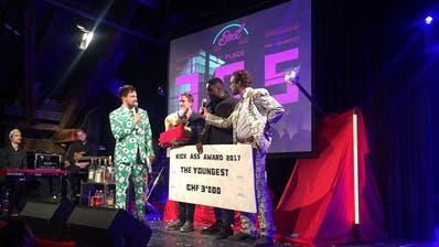 Der Kick Ass Award für den besten Song 2017 ging an «TonTonshit»von The Youngest. (Bild: Roman Hodel (Luzern, 10. Januar 2018))