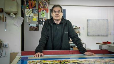 Bernard Tagwerker in seinem Atelier.