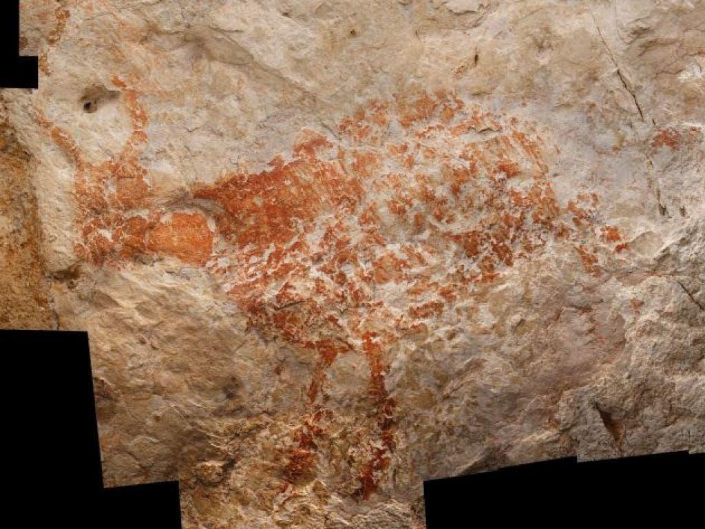 Tierzeichnungen in einer Höhle auf Borneo sind die ältesten bekannten figürlichen Darstellungen aus menschlicher Hand. (Bild: Luc-Henri Fage)