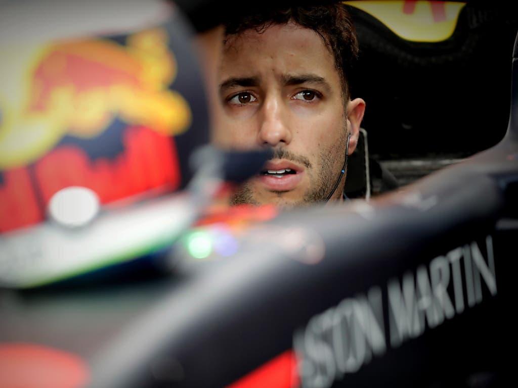Daniel Ricciardo verliert am Sonntag fünf Startplätze wegen eines Wechsels des Turboladers (Bild: KEYSTONE/EPA EFE/FERNANDO BIZERRA)