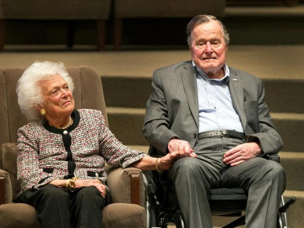 Der frühere US-Präsident George H. W. Bush und seine Frau Barbara waren 73 Jahre verheiratet. Die ehemalige First Lady starb im April dieses Jahres, der Ex-Präsident folgte ihr am Freitag. (Bild: Keystone/AP Houston Chronicle/STEVE GONZALES)