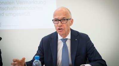 St.Gallen werde mit seinem Steuerfuss nie auf das tiefe Niveau der Nachbargemeinden kommen, sagt Stadtpräsident Thomas Scheitlin. (Bild: Ralph Ribi)