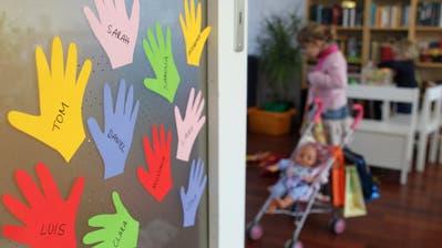 Bei der Frage, ob Kinder in einer Kinderkrippe gut aufgehoben sind, scheiden sich die Geister. (Symbolbild: Getty)