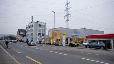 Hier an der Zugerstrasse in Baar wird künftig die fusionierte Binzegger Auto AG beheimatet sein. Bild: Maria Schmid (14. September 2018)